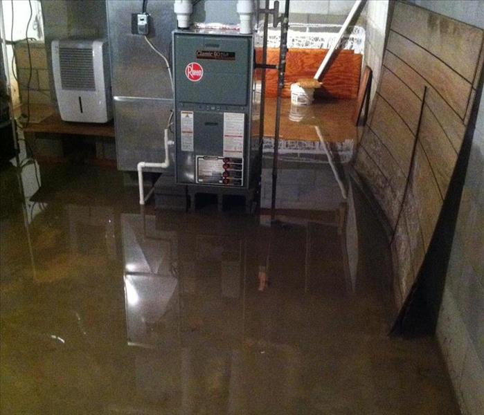 Water Damage Findlay Residents: We Specialize in Flooded Basement Cleanup and Restoration!